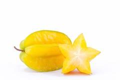 το carambola φρούτων αστεριών ή το μήλο αστεριών starfruit στα άσπρα τρόφιμα φρούτων αστεριών υποβάθρου υγιή απομόνωσε την πλάγια Στοκ εικόνα με δικαίωμα ελεύθερης χρήσης