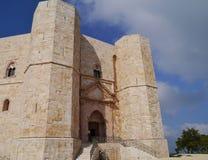 Το Castel monte στην Ιταλία Στοκ εικόνες με δικαίωμα ελεύθερης χρήσης