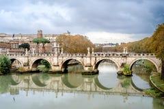 Το Castel Sant Angelo στη Ρώμη Ιταλία, ενσωμάτωσε την αρχαία Ρώμη, το διάσημο τουριστικό αξιοθέατο της Ιταλίας στοκ εικόνες
