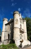 Το Castle της λευκιάς βασίλισσας, δάσος Coye, Picardy, Γαλλία Στοκ φωτογραφίες με δικαίωμα ελεύθερης χρήσης