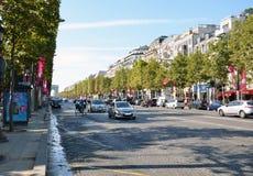 Το champs-Elysees η διασημότερη λεωφόρος του Παρισιού Στοκ Εικόνα