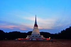 Το Chedi, δημόσιο τουριστικό αξιοθέατο Rayong κατά την διάρκεια της ανατολής είναι πολύ όμορφο στοκ εικόνες