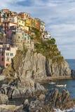 Το Cinque Terre, Λιγυρία, φέρνοντας τουρίστας πορθμείων Italy Στοκ εικόνα με δικαίωμα ελεύθερης χρήσης