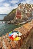 Το Cinque Terre, Λιγυρία, φέρνοντας τουρίστας πορθμείων Italy Στοκ Φωτογραφία