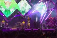 Το Cosmo αποδίδει στη σκηνή της συναυλίας του πρώτου του Μαΐου Στοκ εικόνα με δικαίωμα ελεύθερης χρήσης