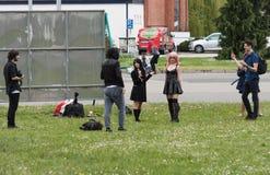 Το Cosplayer έντυσε καθώς ο χαρακτήρας από τον κινηματογράφο anime θέτει Στοκ φωτογραφία με δικαίωμα ελεύθερης χρήσης