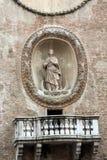Το della Ragione Palazzo με τον πύργο ρολογιών κοιλάδων ` Orologio ` Torre ` Mantua, Στοκ Φωτογραφίες