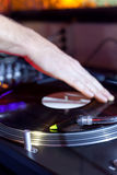 Το DJ γρατσουνίζει Στοκ Εικόνες