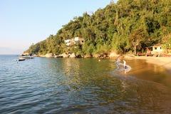 Το DOS Reis και Ilha Grande Angra είναι τόποι προορισμού τουριστών στο Ρίο ντε Τζανέιρο Στοκ εικόνες με δικαίωμα ελεύθερης χρήσης