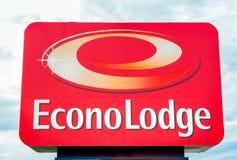 Το Econo κατοικεί το εξωτερικά σημάδι και το λογότυπο Στοκ Εικόνες