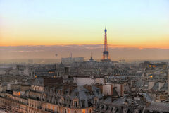 Το Eiffeltower στο Παρίσι Στοκ φωτογραφίες με δικαίωμα ελεύθερης χρήσης