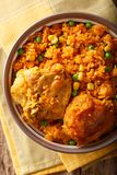 Το Galinhada είναι η βραζιλιάνα εκδοχή του κοτόπουλου pollo arroz con Στοκ εικόνα με δικαίωμα ελεύθερης χρήσης