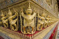 Το Goden Garuda στο ναό του σμαραγδένιου Βούδα, ΜΠΑΝΓΚΟΚ, ΤΑΪΛΑΝΔΗ Στοκ Εικόνα