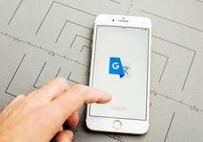 Το Google μεταφράζει app στο iPhone 7 συν τα προγράμματα εφαρμογών Στοκ Εικόνες