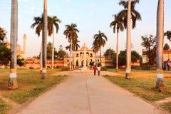 Το Gulab Μπάρι σε Faizabad όπου ο τάφος του shuja-ud-Daula Nawab το τρίτο Nawab Awadh, βρίσκεται στοκ εικόνα με δικαίωμα ελεύθερης χρήσης