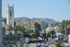 Το Hollywood ένωσε τη μεθοδιστή εκκλησία και το σημάδι Hollywood στο famo Στοκ Εικόνες