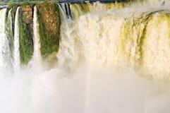 Το Iguazu πέφτει κοντά επάνω Στοκ εικόνα με δικαίωμα ελεύθερης χρήσης