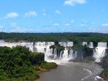 Το Iguazu πέφτει foz de Iguacu, επτά αναρωτιούνται του κόσμου Foz de Iguazu, σύνορα μεταξύ της Αργεντινής και της Βραζιλίας στοκ εικόνες