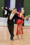 Το Kosyakov Egor και Navoychik Anna εκτελεί το ενήλικο λατινοαμερικάνικο πρόγραμμα για το εθνικό πρωτάθλημα Στοκ Εικόνα