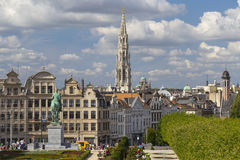 Το Kunstberg ή Mont des Arts (υποστήριγμα των τεχνών) καλλιεργεί στις Βρυξέλλες Στοκ Φωτογραφία