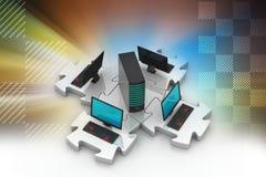 Το lap-top και ο κεντρικός υπολογιστής συνδέουν στους γρίφους Στοκ φωτογραφία με δικαίωμα ελεύθερης χρήσης