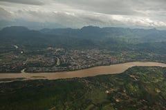 Το Luang prabang luang prabang luang prabang εξωραΐζει, ουρανός του Λάος φύσης, ταξίδι, άποψη, πόλη, δέντρο, κωμόπολη, άποψη, Ασί Στοκ Φωτογραφία