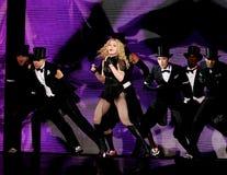 Το Madonna αποδίδει στη συναυλία στοκ φωτογραφία με δικαίωμα ελεύθερης χρήσης