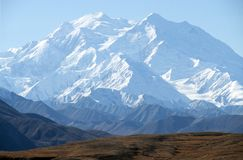 το mckinley της Αλάσκας επικολλά Στοκ φωτογραφία με δικαίωμα ελεύθερης χρήσης
