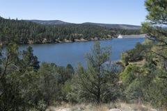 Το Mesa campground αγνοεί τη λίμνη Ρόμπερτς Στοκ Φωτογραφίες
