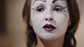 Το Mime απεικονίζει τις διαφορετικές συγκινήσεις φιλμ μικρού μήκους