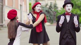 Το Mimes στην πόλη απόθεμα βίντεο