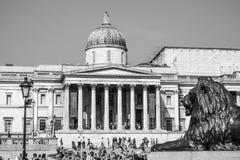 Το National Gallery Λονδίνο στη πλατεία Τραφάλγκαρ - ΛΟΝΔΙΝΟ - ΜΕΓΑΛΗ ΒΡΕΤΑΝΊΑ - 19 Σεπτεμβρίου 2016 Στοκ φωτογραφία με δικαίωμα ελεύθερης χρήσης