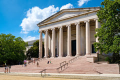 Το National Gallery της τέχνης στην εθνική λεωφόρο στην Ουάσιγκτον Δ Γ Στοκ εικόνα με δικαίωμα ελεύθερης χρήσης