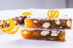Το Panforte ή το κέικ Χριστουγέννων ψωμιού Στοκ Εικόνες