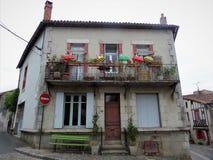 Το Parthenay είναι μια αρχαία ενισχυμένη πόλη στο τμήμα deux-Sèvres στη δυτική Γαλλία στοκ εικόνα