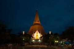 Το Phra Pathom Chedi είναι το ορόσημο της επαρχίας Nakhonpathom στο θόριο Στοκ εικόνες με δικαίωμα ελεύθερης χρήσης
