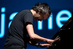 Το pianist και ο συγγραφέας του James Ρόδος αποδίδουν στη συναυλία στο φεστιβάλ σόναρ Στοκ φωτογραφίες με δικαίωμα ελεύθερης χρήσης