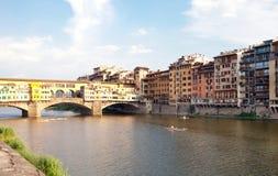 Το Ponte Vecchio (παλαιά γέφυρα) στη Φλωρεντία, Ιταλία Στοκ Εικόνα