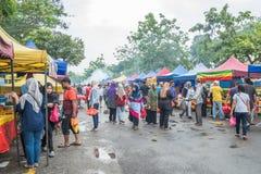 Το Ramadan Bazaar καθιερώνεται για μουσουλμάνο για να σπάσει γρήγορα κατά τη διάρκεια του ιερού μήνα Ramadan Στοκ φωτογραφία με δικαίωμα ελεύθερης χρήσης