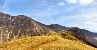 Το ridgeline μέχρι τους βράχους Ard Στοκ φωτογραφίες με δικαίωμα ελεύθερης χρήσης
