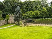 Το Ripley είναι ένα χωριό και μια αστική κοινότητα στο βόρειο Γιορκσάιρ στην Αγγλία, μερικά μίλια βόρεια Harrogate Ένα κάστρο που Στοκ φωτογραφίες με δικαίωμα ελεύθερης χρήσης