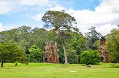 Το Ruines του παλαιού ναού μέσα στο Angkor Wat σύνθετο, Siem συγκεντρώνει, Καμπότζη 1 Σεπτεμβρίου 2015 Στοκ Εικόνες