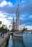 Το Schooner, το lia Pailebot SantaEulÃ, α τρεις-το σκάφος έχτισε το 1918, ελλιμενισμένος στη Moll de Λα Fusta αποβάθρα, Βαρκελών στοκ εικόνες