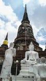 Το sclupture Bhuda που αντιπροσωπεύει προσεύχεται Στοκ φωτογραφία με δικαίωμα ελεύθερης χρήσης