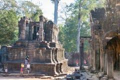 Το Siem συγκεντρώνει, Καμπότζη - 8 Δεκεμβρίου 2016: Ναός Bayon σε Angkor Thom Στοκ Φωτογραφίες