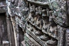 Το Siem συγκεντρώνει την αρχαία γλυπτική πετρών χορευτών apsara Angkor Wat Στοκ φωτογραφία με δικαίωμα ελεύθερης χρήσης