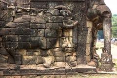Το Siem συγκεντρώνει Angkor Wat που το πεζούλι των ελεφάντων είναι μέρος της περιτοιχισμένης πόλης Angkor Thom, ένας ναός σύνθετο Στοκ φωτογραφίες με δικαίωμα ελεύθερης χρήσης