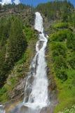 Το Stuibenfall σε Otztal, Αυστρία είναι ο μακρύτερος καταρράκτης (159 μ) στο Tirol Στοκ Φωτογραφίες