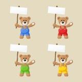 Το Teddy αντέχει με τις άσπρες πινακίδες Στοκ Φωτογραφίες