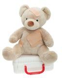 Το Teddy αντέχει με τους επιδέσμους και την ιατρική εξάρτηση παιδιών Στοκ Εικόνες
